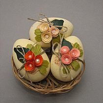 Risultati immagini per jaja wielkanocne ze sznurka Egg Crafts, Easter Crafts, Diy And Crafts, Christmas Crafts, Spring Projects, Spring Crafts, Hoppy Easter, Easter Eggs, Diy Projects