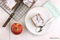Appel en kaneel horen bij elkaar! De perfecte combi om deze zoete, luchtige en smeuige appel kaneel cake te maken, pure verwennerij!