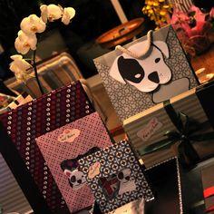 Papelaria design, meninocas!!  É qualquer coisa..  http://www.joypaper.com.br/loja/