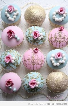 Prettiest pink & blue cupcakes - LOVE    #cupcakes #pink #blue