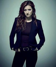 Robot': Grace Gummer sheds light on FBI agent character Mr Robot Season 2, Robot Tv, Carly Chaikin, Meryl Streep, Cute Gay, Tv Series, Beautiful People, Tv Shows, Hair