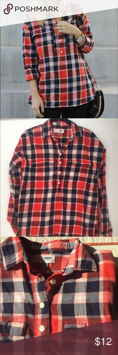 Old Navy boyfriend flannel Has a very nice fit. Pockets add a lot of style. Old Navy Tops Button Down Shirts