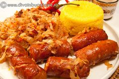 VARZA CALITA CU CARNATI SI BACON | Diva in bucatarie Romania Food, Cabbage Recipes, English Food, Chicken Wings, Love Food, Sausage, Bacon, Food And Drink, Yummy Food