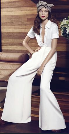 chic, easy pieces: kasia struss by paola kudacki for us harper's bazaar december 2013 Beauty And Fashion, White Fashion, Look Fashion, Passion For Fashion, Womens Fashion, Carolina Herrera, Mode Style, Style Me, Mode Editorials