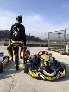 Alessia is a female kart racer from Italy. She wears the Zip-Hoodie of our race car line. Motocross Girls, Dirt Bike Girl, Biker Girl, Bike Life, Fast Cars, Zip Hoodie, Strong Women, Girl Power, Street Wear