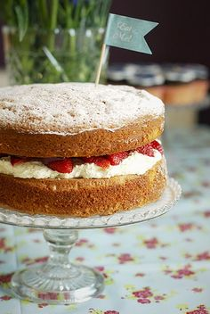 Victorian Sponge Cakehttp://iheartkatiecakes.blogspot.com/search/label/Afternoon%20Tea