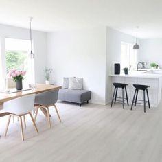 8 Ways to Style Scandinavian Interior Design at Home Living Room Inspiration, Interior Design Inspiration, Design Ideas, Living Room Interior, Home Living Room, Living Comedor, Scandinavian Interior Design, Scandinavian Style, Piece A Vivre