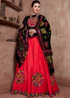 #red #embroidery #navaratri #lehenga #choli #dupatta #designs # traditional #indian #outfits #gorgeous #wedding #look #ootd #new #arrival #womenswear #online #shopping Lehenga Choli Online, Ghagra Choli, Lehenga Blouse, Cotton Lehenga, Black Lehenga, Bollywood Lehenga, Choli Designs, Party Wear Lehenga, Colourful Outfits