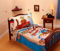 Jake and the Neverland Pirates 4 Piece TODDLER Bed Bedding Comforter Set NEW