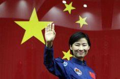 Liu Yang será este sábado la primer mujer astronauta en llegar al espacio. Vaaamoooss Liu Yang !!!