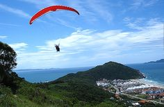 Paraglider in Florianópolis - Brazil