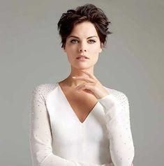 25  Latest Celebrity Pixie Cuts | http://www.short-hairstyles.co/25-latest-celebrity-pixie-cuts.html