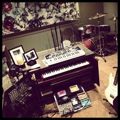 Very cool setup - Mike Shinoda (Linkin Park)