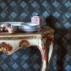 Heals-bloomsbury-group-charleston-house-dining-room; Vanessa Bell abstract