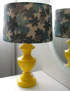 DIY: how to recycle and old brass lamp and recover a shade with fabric.