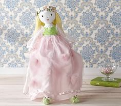 I LOVE this doll!  I hope I can get it made, maybe for Easter :-)