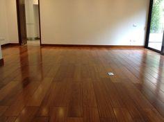 Pisos de Madera Maciza   DIVANO Pisos de Madera Hardwood Floors, Flooring, Tile Floor, Living Room Decor, Interior, Led, Home Decor, Wood Flooring, Houses
