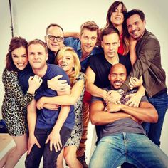 Agents of shield cast photo 2015 Le Shield, Shield Cast, Iain De Caestecker, Agents Of S.h.i.e.l.d, Luke Mitchell, Melinda May, Ming Na Wen, Fitz And Simmons, Marvels Agents Of Shield