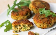 The Chickpea Patties recipe out of our category Legume! EatSmarter has over healthy & delicious recipes online. Greek Appetizers, Appetizer Recipes, Edamame, Chickpea Patties, Legumes Recipe, Patties Recipe, Greek Cooking, Cooking Ingredients, Eat Smarter