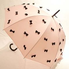 bow umbrella. Beth would LOVE !! -Kaitlynne