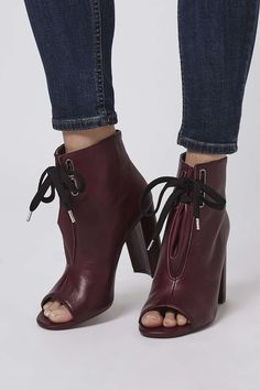 The BUSTLE boots little sisters, we're loving these ankle HUSTLE boots. With lace-up detail and a peep toe in an deep burgundy. Peep Toe Ankle Boots, Open Toe Boots, High Heel Boots, Heeled Boots, Shoe Boots, Shoes Heels, Oxfords, Open Boot, Spring Boots
