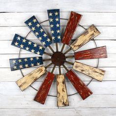 Use Pallet Wood Projects to Create Unique Home Decor Items Patriotic Crafts, July Crafts, Wood Projects, Woodworking Projects, Woodworking Plans, Woodworking Basics, Woodworking Techniques, Woodworking Furniture, Woodworking Organization
