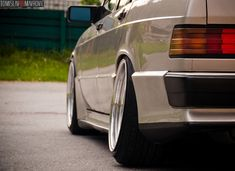 Classic Car News Pics And Videos From Around The World Mercedes Models, Mercedes 190, Mercedes Benz 190e, Acura Nsx, Car Engine, Da Nang, Vintage Cars, Classic Cars, Low Life