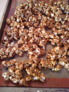 Homemade Christmas: Toffee Popcorn | Raising a Family on a Budget