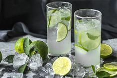 Češi propadli domácím limonádám Margarita, Lime Drinks, Iced Tea Recipes, Fat Burning Diet, Healthy Snacks For Diabetics, Healthy Fruits, Healthy Foods, Healthy Vegetables, Fresh Vegetables