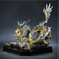 #Lladro • 01001973 • Great Dragon (Gold) • #Limited edition of 300 pieces ➔ £20000 ☎ +44 20 7494 0407 ☛ 194 Picadilly, London, W1J 9EX