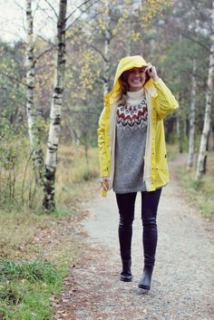 Johanna kirjoittaa elämästään norjalaisen kalastajan vaimona ja kahden söpöliinin äitinä. Blogissa pohditaan, miten arki voi olla kaunista, esitellään päivän asuja ja ihania sisustusasioita – sekä välillä pohditaan syvällisiä.