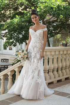 Wedding Dress 44075 by Sincerity Bridal - Search our photo gallery for pictures of wedding dresses by Sincerity Bridal. Find the perfect dress with recent Sincerity Bridal photos. Sincerity Bridal Wedding Dresses, Garden Wedding Dresses, Dream Wedding Dresses, Bridal Dresses, Ivory Lace Wedding Dress, Rose Wedding, Rustic Elegant Wedding Dress, Petite Wedding Dresses, Romantic Wedding Dresses