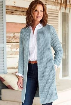 Best 17 Cozy Cardigan Outfit Ideas for Women This Summer #cardigan #casualoutfits #womensummeroutfits