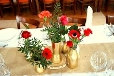#decoration #wedding #flowers #rustic #bouquet  #red #wood #gold