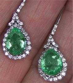 Estate 5.68 ct Natural Colombian Emerald Diamond Vintage Earrings 14k White Gold | eBay for auction... to dream with Emerald Diamond, Emerald Green, Gemstone Earrings, Drop Earrings, Jewelry Art, Jewlery, Colombian Emeralds, Vintage Diamond, Vintage Earrings