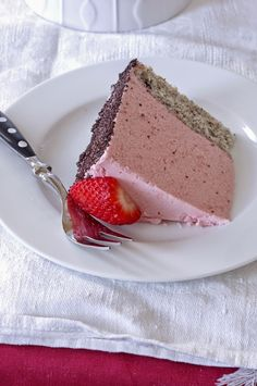 Epres joghurt mousse torta | Szofika a konyhában Eat Pray Love, Mousse Cake, Cakes And More, Cookie Recipes, Panna Cotta, Ale, Cheesecake, Strawberry, Food And Drink