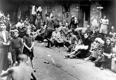 Kielce, Poland, Jewish refugees waiting to depart to the West after a pogrom in the city, 04/07/1946.