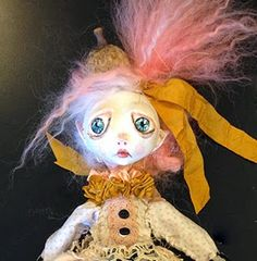 Hi There I am LuLu ;) I am a new member of the Design Team. I would like to share with you how to make a simple cloth Art Doll using Creativ...