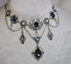 Beautiful Vintage style necklace and earrings in by Anonijewellry, $90.00