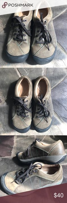 Keen leather shoes size 8 Keen leather low-cut hiking shoes size 8. Good preowned condition. Keen Shoes