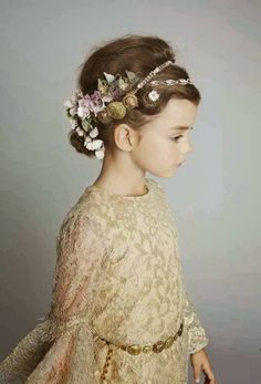 Dolce & Gabbana kids collection - how adorable is this gold lace dress, coin belt and embellished headband for seriously stylish flower girls