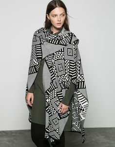 Ethnic black and white poncho - Sweaters & Cardigans - Bershka Serbia White Poncho, Capes & Ponchos, Fall Outfits For Work, Poncho Sweater, Style Guides, Knitwear, Duster Coat, Kimono Top, Satin