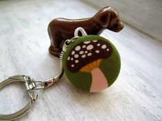 Retro Mushroom Fabric Covered Button Keychain ~ clammyscloset @ etsy