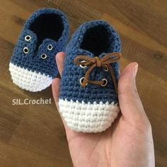 Booties Crochet Crochet Baby Shoes Crochet For Boys Baby Born Baby Crafts Baby Dress Baby Slippers Baby Couture Baby Patterns Crochet Baby Boy Hat, Crochet Baby Sandals, Booties Crochet, Crochet For Boys, Newborn Crochet, Crochet Shoes, Crochet Slippers, Baby Booties, Baby Shoes Pattern