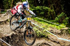 Want to improve your descending skills? Follow these five easy DH tips next time you hit the steeps.