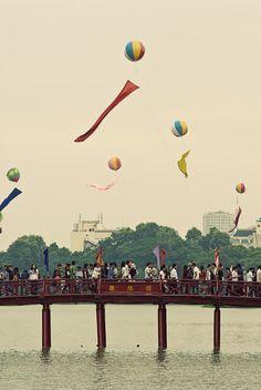 Hanoi Vietnam Vietnam Tours, Hanoi Vietnam, Buddhist Pagoda, Beautiful Vietnam, Vietnam History, Virtual Travel, Modern City, Ho Chi Minh City, Da Nang