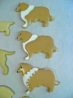 From Captain's Daughter to Army Mom: Martha by Mail Dogs Set and my Royal Icing recipe! Dog Cupcakes, Cupcake Cakes, Dog Cookies, Sugar Cookies, Cake Fillings, Cookie Icing, Fabulous Foods, Cookie Recipes, Icing Recipes