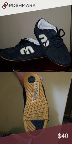 f500ea904f ETNIES skate shoes size 13 Navy blue