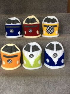 Bully Vw, Knit Crochet, Crochet Hats, Vw Vans, Vw Volkswagen, Potholders, Beanies, Crochet Projects, Crocheting