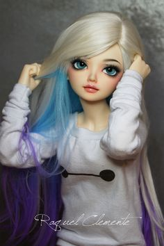 This bjds shirt and wig and faceup put me in awe, cute!